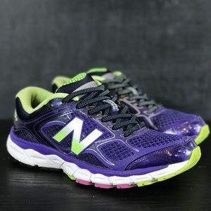 Woman's New Balance 860 v6 Sneakers Size 6.5